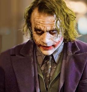 heath_ledger_as_the_joker_the_dark_knight_movie_image1