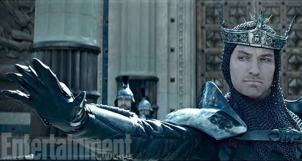 king-arthur-jude-law-ew
